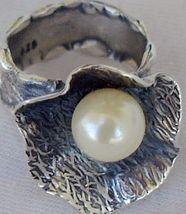 White pearl ring SR92 - $32.00
