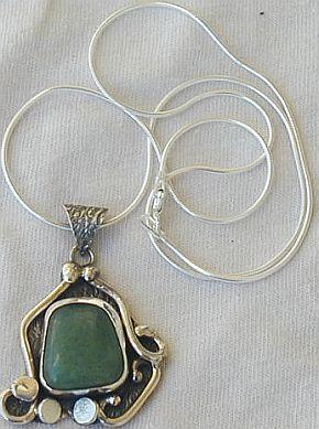 Green  silver pendant  P19