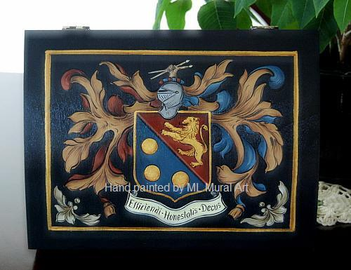 Hand Painted Family Crest Wooden Box - Single Coat of Arms Wedding Box