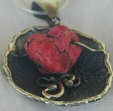 Red sea stone pendan P8