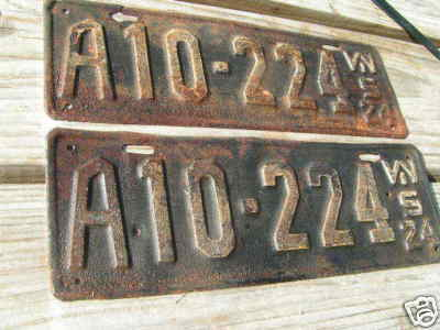 Old antique matched pair 1924 WISCONSIN metal Auto License Plates bz