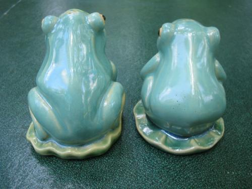 Vintage Frogs on Lily Pads S/P Salt and Pepper Shakers