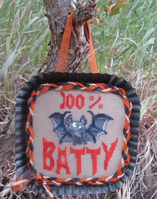 100% Batty halloween cross stitch chart Designs by Lisa - $6.30