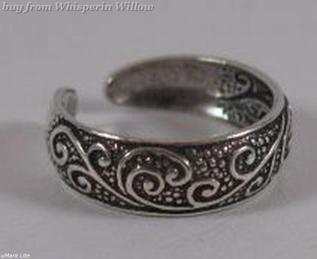 Oxidized Celtic Floral Design Toe Ring