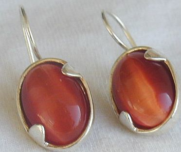 Primary image for Orange cat eye earrings LH