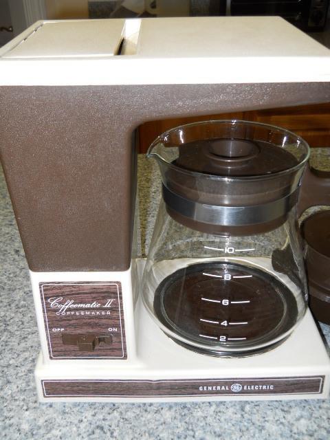 Ge Coffee Maker ~ Coffee maker vintage ge cup carafe makers