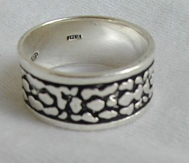Silver spots - unisex ring