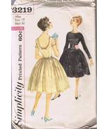 Vintage Simplicity 3219 - Misses' Dress and Cum... - $6.00