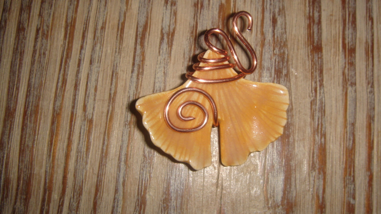 Handcrafted    GINKGO Pendant