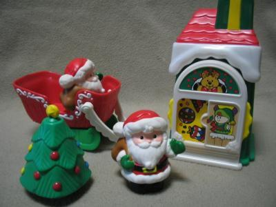 Fisher Price Christmas Village Santa Tree Sleigh Little