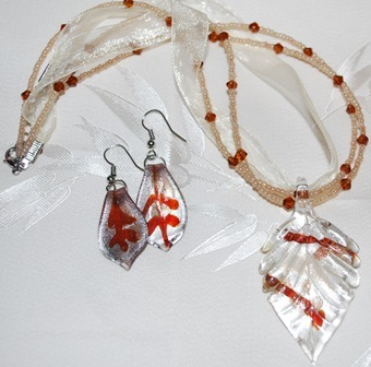 Sienna Brown Glass Foil Leaf Pendant & Earring Set