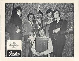FENDER GUITAR and The ASSOCIATION ORIG 1968 PROMO PHOTO - $9.98