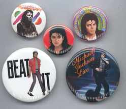 MICHAEL JACKSON Pinback Buttons 5 Different - $12.98