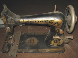 Domestic Sewing Machine Franklin Shuttle Carrier w/Screw Singer 27 Clone image 5