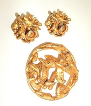 HATTIE CARNEGIE Set  Mod Metal Circle Gold tone vtg Brooch Pin & Clip Ea... - $39.55