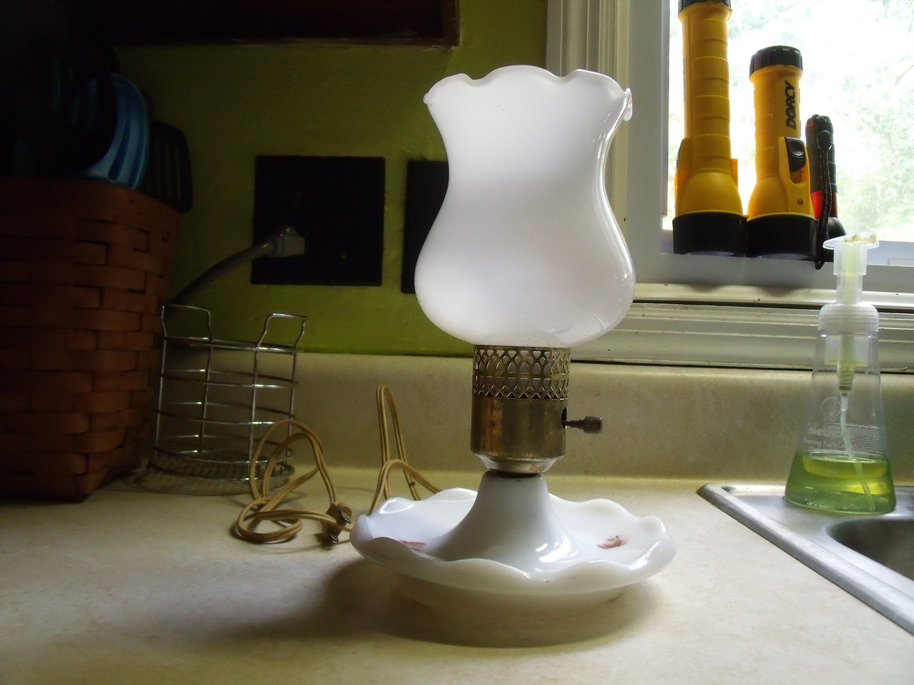 Boudoir Rose Milk Glass Lamp