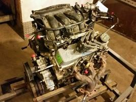 2005 Ford Taurus Engine Motor Vin 2 3.0L Ohv - $742.50