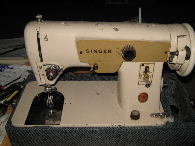 Singer 223 Stitch Length Plate w/ Lever