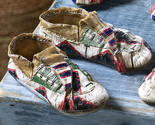 Indian shoes thumb155 crop