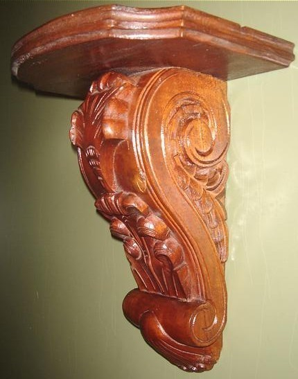 Hand Carved Wooden Wall Bracket for Ornamental Display