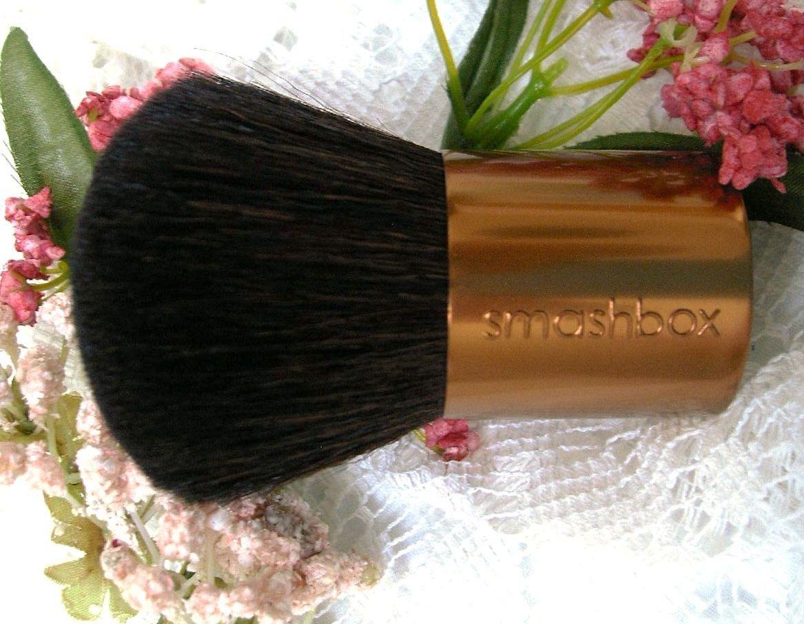 Smashbox copper kabuki  use