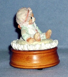 """Enesco Just Thinking of You Kitty Cat Music Box """"Can't Smile Without You"""" 1992"""