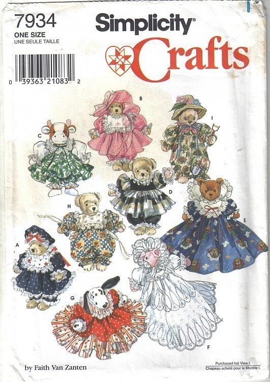 "Primary image for Simplicity 7934 Fancy Clothing for 8"" to 9"" Stuffed or Beanbag Animals Uncut"