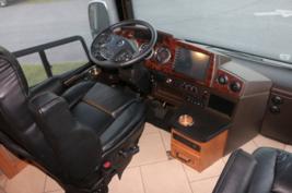 2014 Itasca Ellipse 42QD For Sale In Daytona Beach, FL 32119 image 4