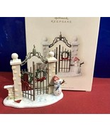Hallmark Ornament THE PARK GATES Winter Park Dated 2007 NIB - $18.66