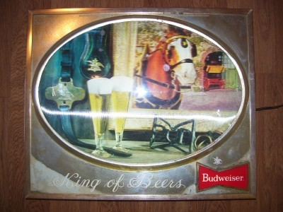 BUDWEISER BEER SIGN CLYDESDALE  works