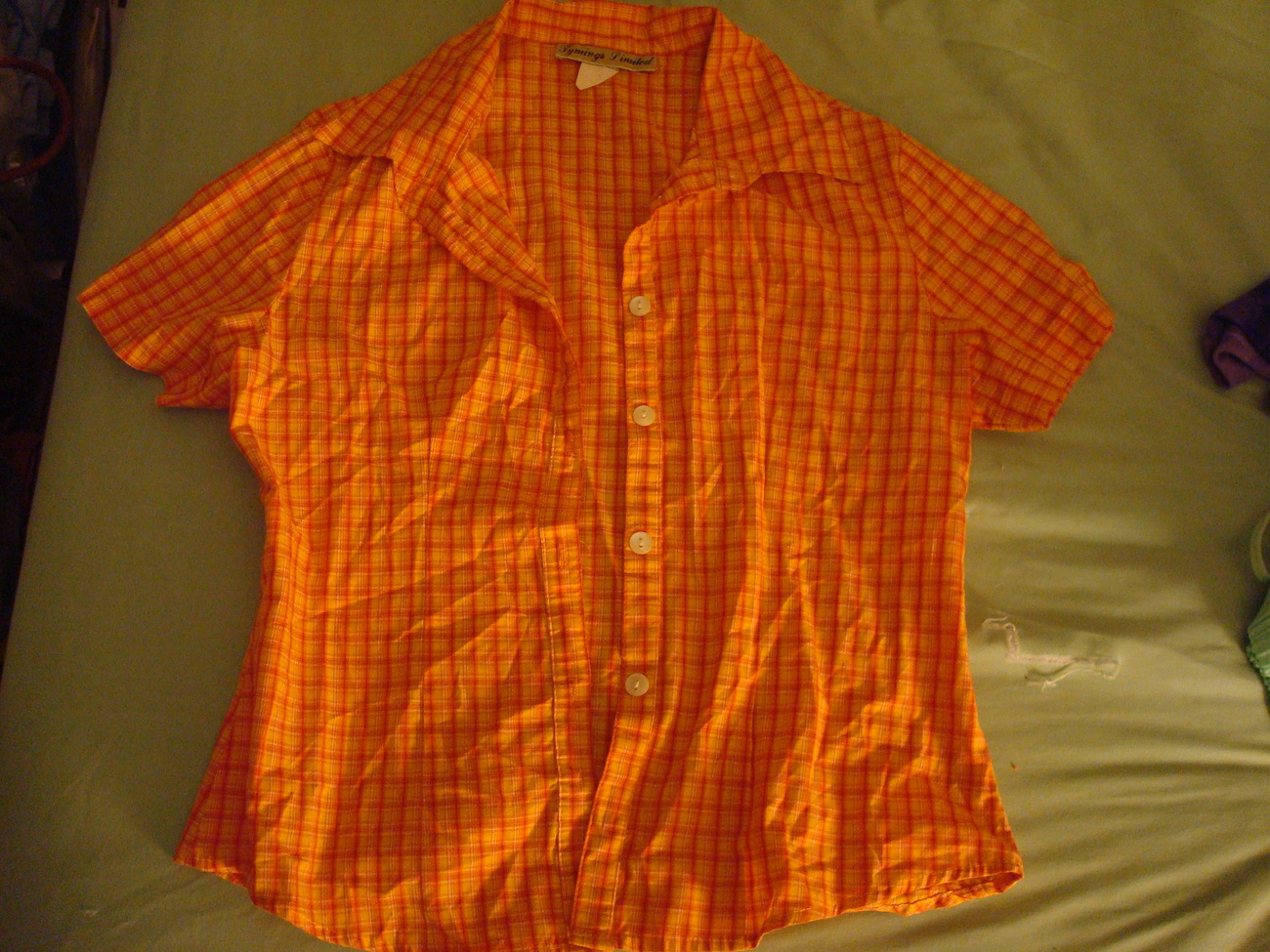 Primary image for Women's Plaid Button-down Shirt, size S