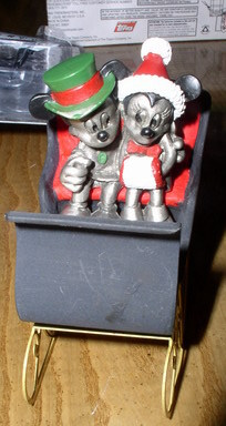Disney Mickey & Minnie Pewter  in Sleigh