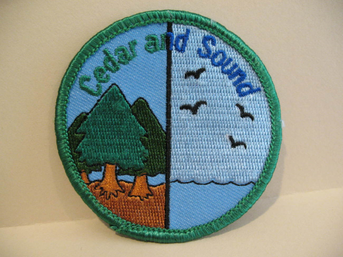 Boy Scouts Girl Guides Patch Crest Souvenir Cedar & Sound