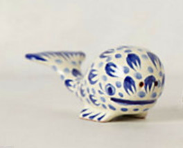 Anthropologie Whale Salt + Pepper Shakers blue Nautical Fish Hostess Sho... - $29.89