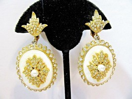 FANCY VENDOME ENAMEL AND CRYSTAL GOLD TONE CLASSY EARRINGS RHINESTONES V... - $81.00