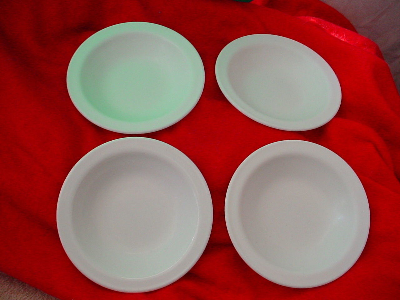 AMWAY BY CORNING RARE HEAVY SAUCE / DESSERT / BERRY BOWLS X 4  FREE USA SHIPPING - $18.69