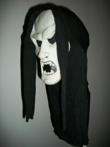 HALLOWEEN COSTUME CARNIVAL MARDI MASQUERADE SPOOK CREEP VAMP GHOST HOOD MASK