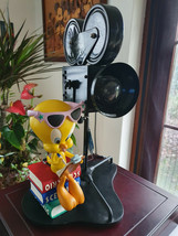 Extremely Rare! Looney Tunes Tweety Avenue of the Stars Big Camera Lamp ... - $643.50
