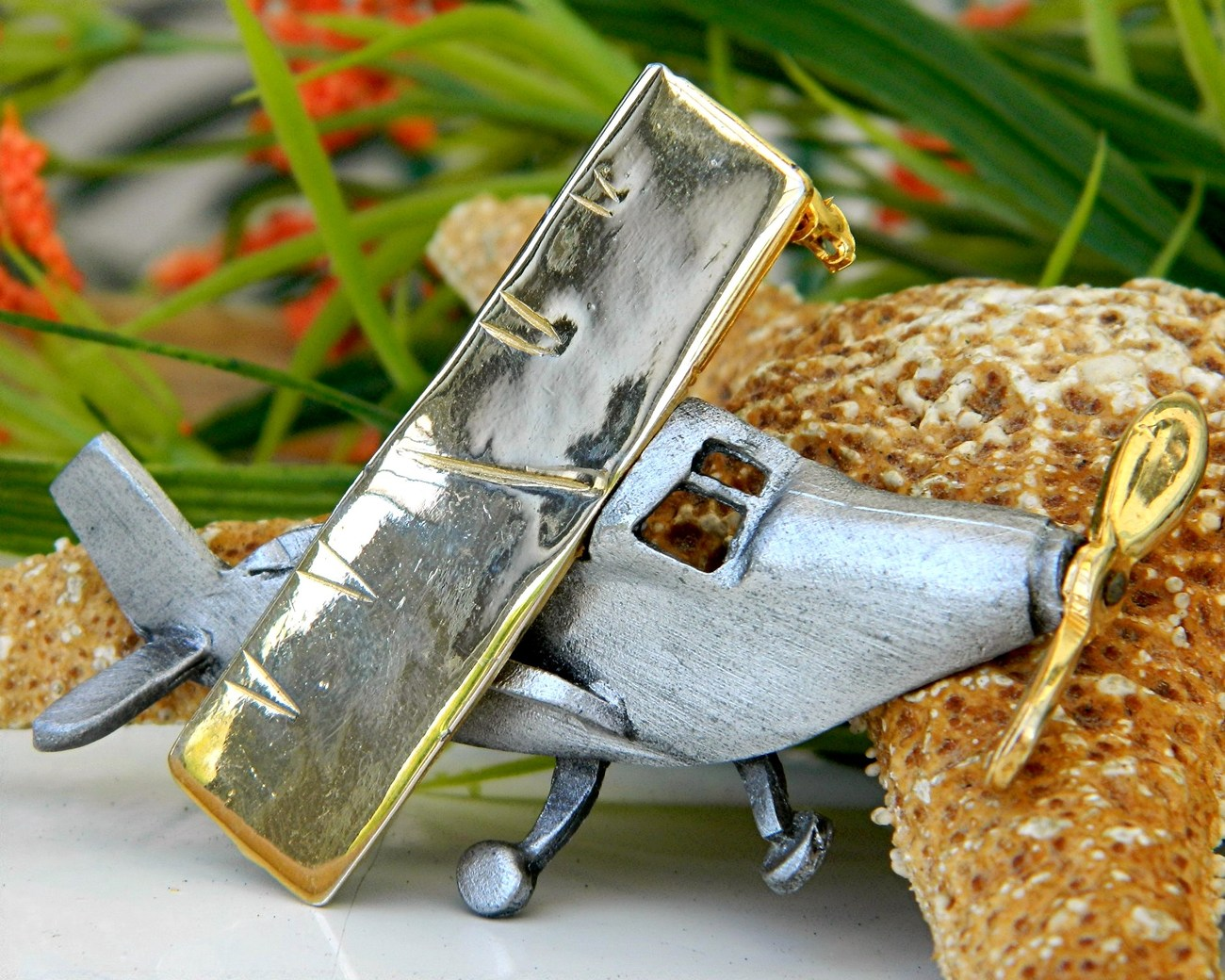 Vintage Airplane Brooch Pin Movable Spirit St Louis Ultra Craft