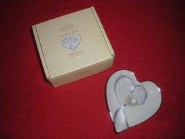 LENOX TRUE LOVE RING HOLDER PORCELAIN SILVER TRIM HEART SHAPE NEW IN BOX - $19.99