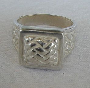 Cubic silver ring unisex 120