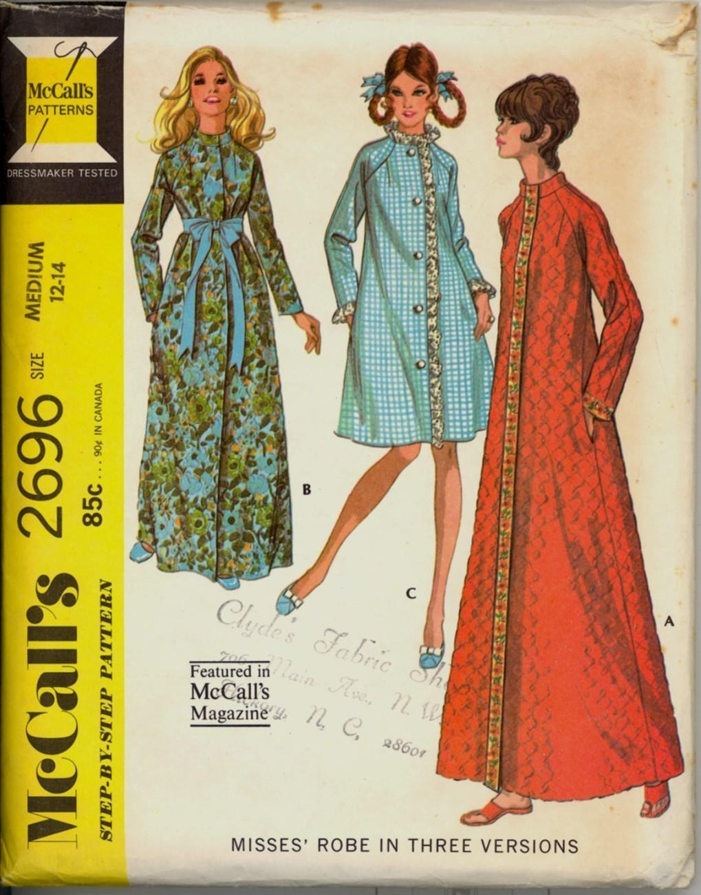Auction 1041 m 2696 red robe m 1970 unc