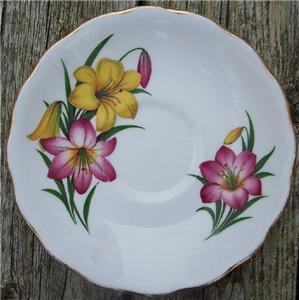 Old Royal Vale Bone China Saucer Day Lillies #RV2002
