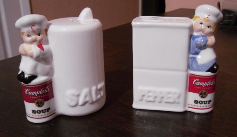 1996 campbell s kitchen salt   pepper shaker 1