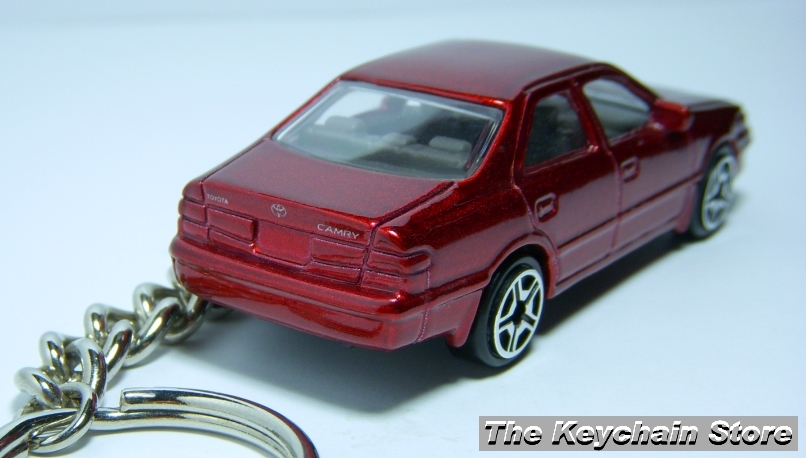KEY CHAIN 97~1998~1999~20​00~2001 RED TOYOTA CAMRY PORTE C