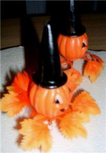 Vintage PUMPKIN / JACK O' LANTERN Halloween PLAS PICKS!
