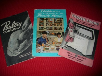 Trio Vintage 40's & 50's CookBooklets Awesome Graphics!