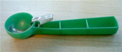 WoW LoVely 50's FRANK Plastics ICE CREAM SCOOP! FUN!!