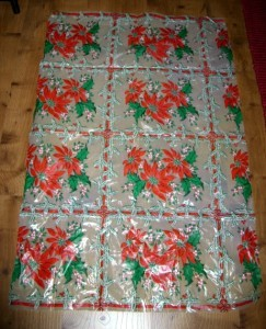 BEAUTIFUL 1950's HOLLY & POINSETTIA Plastic Tablecloth!