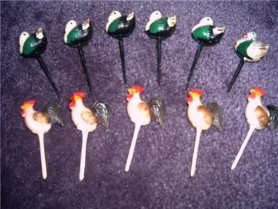 FUN CELLULOID CAKE/CUPCAKE Toppers ROOSTERS & TURKEYS!!